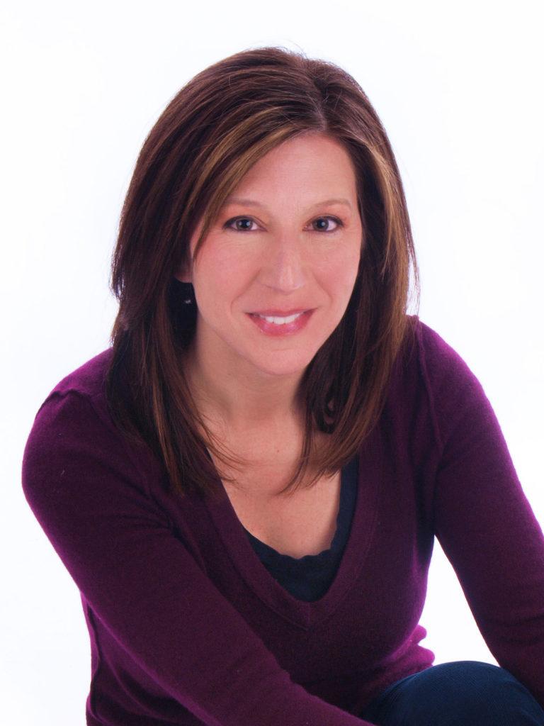 Anna Bennett Author Photo Color